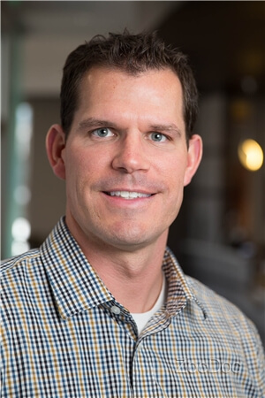 Dr. Kurt Niepraschk, DDS