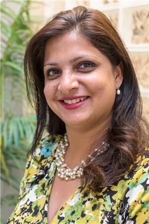 Dr. Parnika Bhagat, DDS